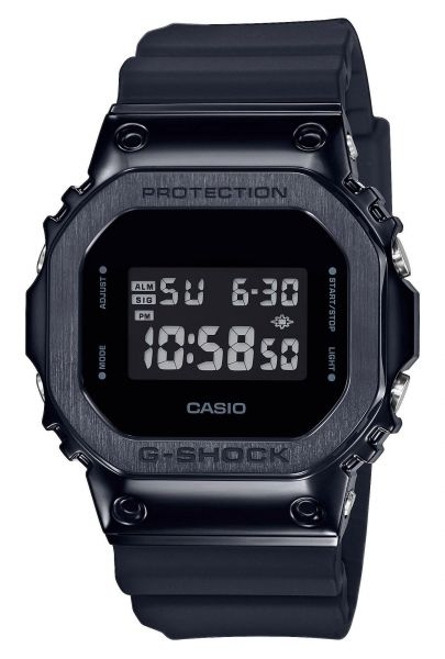 Casio GM-5600B-1ER G-Shock Premium Herrenuhr